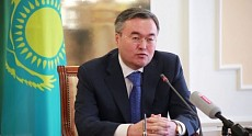 Journalist showed document that first deputy head of Foreign Ministry of Kazakhstan might be drunk in time of hospitalization